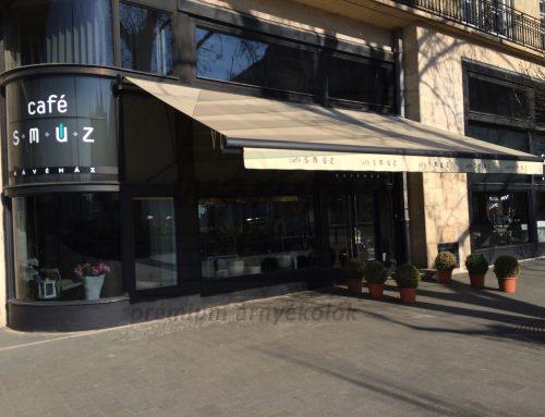 Typ 750 féltokozott napellenző, Budapest